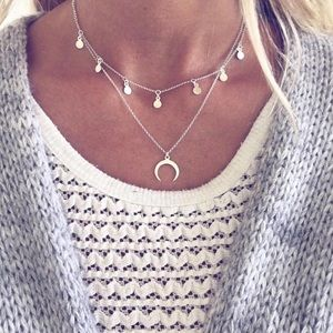 Jewelry - NEW Double Layer Silver crescent moon necklace
